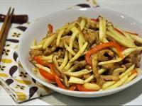 筊白筍炒肉絲