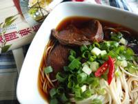 蔥燒牛肉麵─五木拉麵