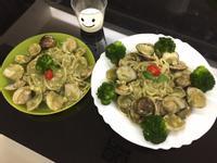 蛤蠣奶青醬義大利麵