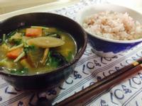 日式蔬菜豆腐雜煮(けんちん汁)