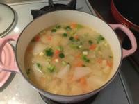 蘿蔔馬鈴薯味噌湯