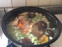 香菇雞肉紅蘿蔔湯