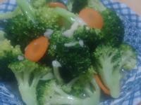 紅蘿蔔拌炒花椰菜