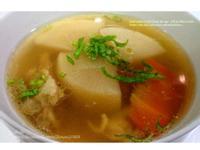 晚上丟下去~早上就有暖呼呼的「菜頭湯」啦