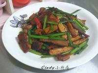 韮菜花炒回鍋肉