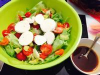 情人節簡易前菜🍴義式卡布里沙拉🍴