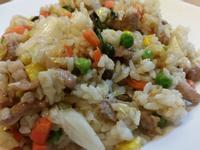 高麗菜肉絲炒飯