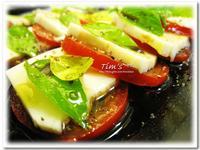 [提姆士食譜] 十分鐘料理 - 義式乳酪蕃茄沙拉