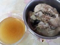 電鍋滴雞精(土雞雞胸肉)