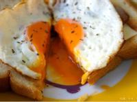 培根起司蛋元氣吐司(超簡易早餐)