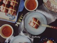 復活節十字麵包hot cross bun