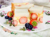 【花見野餐特集】草莓蛋沙拉三明治