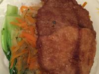 洋蔥豬排飯