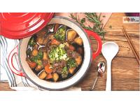 鑄鐵鍋日式馬鈴薯燉牛肉