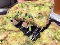 香腸鮪魚佐蔬菜披薩