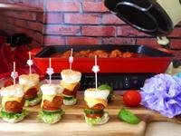 義式番茄肉丸小漢堡【摩堤】