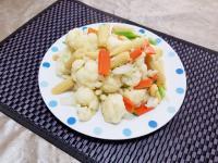白花椰菜炒玉米筍
