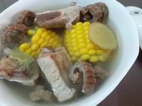 花膠(魚肚)排骨湯
