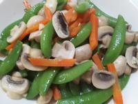 甜豆炒洋菇