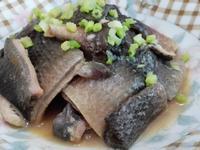 蒲燒虱目魚皮