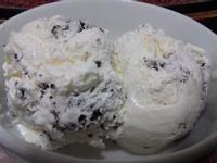 只需攪一攪就能輕鬆完成~OREO冰淇淋