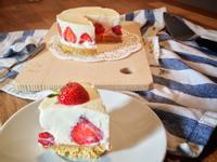 【白巧克力草莓乳酪蛋糕】免烤箱