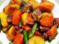 【厚生廚房】馬鈴薯燉肉排