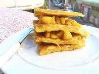 香蕉鬆餅佐蘋果醬