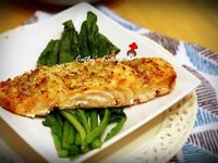 迷迭香料烤鮭魚片