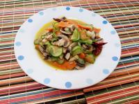 小黃瓜炒蘑菇