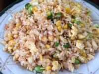 鮪魚玉米蛋炒飯