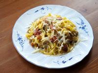 培根蘑菇白醬義大利麵