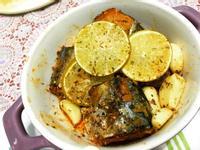 茄汁檸香蒜烤鯖魚:罐頭料理華麗大變身!