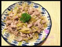 [家常小菜] 榨菜銀魚乾蒸肉片
