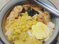 魚罐頭烏龍麵