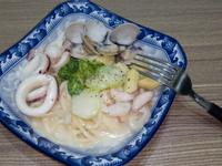白醬海鮮意大利麵