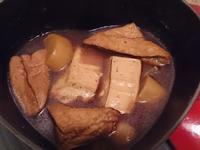 家常滷味:板豆腐、油豆腐、白蘿蔔