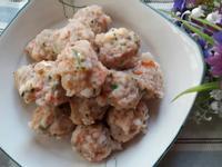 自家製香菜蝦丸子 ~ 蕃茄蝦丸蘿蔔湯