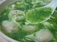 菲個人煮義~這不是海菜之綠野桂冠魚餃湯