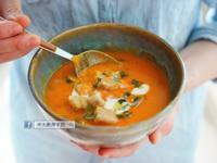 《南瓜番茄濃湯》