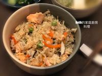 月薪嬌妻之鮭魚青豆炊飯