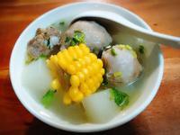 蘿蔔玉米丸子湯