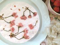 【免烤箱】櫻花草莓粉紅生乳酪蛋糕