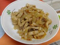 沙茶洋蔥炒肉絲