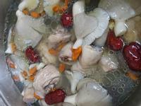 蒜頭雪菇雞湯