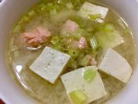 味增鮭魚湯