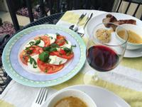 Caprese 義式水牛番茄沙拉