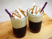 低脂焦糖椰奶冰咖啡