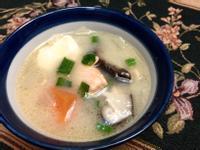 [湯品]鮮甜鮭魚豆腐味增湯