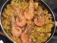 義大利茄汁鮮蝦蝴蝶麵 義大利麵